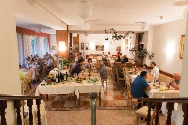 Hotel Antica Rosa a Levico Terme in Trentino