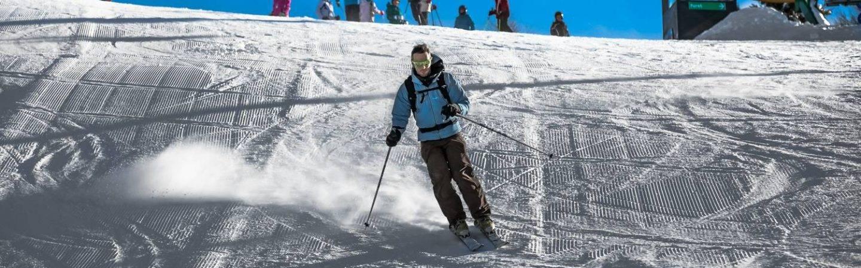 Beim Skifahren in der Umgebung von Levico Terme erkunden Sie beliebte Skigebiete. Viel Spaß!