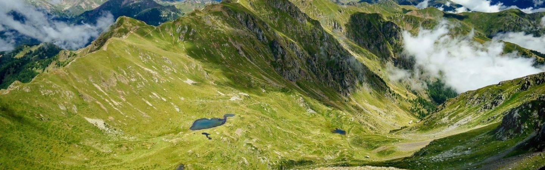 Hotel e campeggi per il tuo soggiorno a Levico Terme, tra gli splendidi dintorni di un paradiso naturale incontaminato.