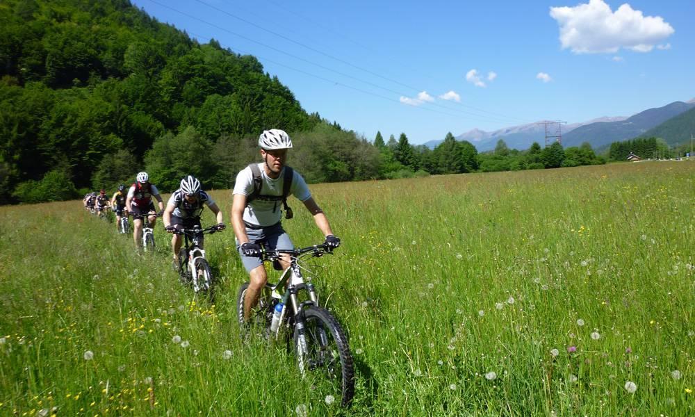 Noleggio bici levico per i turisti che vogliono provare questa esperienza nella natura!