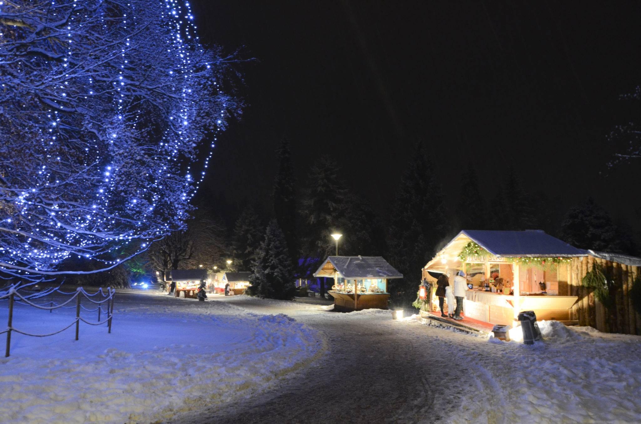 Mercatino Levico notturno in Trentino