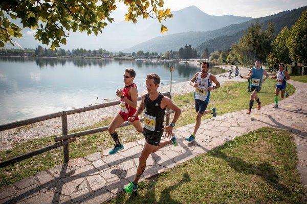Gara di corsa al lago di Levico e Caldonazzo