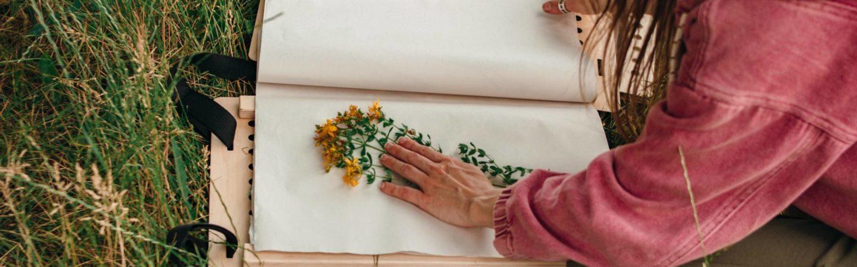 Laboratori artistici ed esperienziali a Levico Terme: attività sensoriali e pratiche, che stimolano la creatività e la sperimentazione di grandi e piccini.